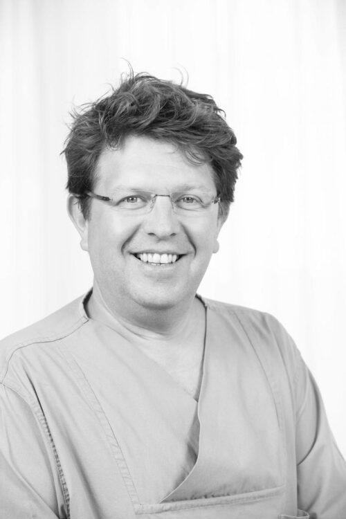 Dr. Manfred Pfeifenberger