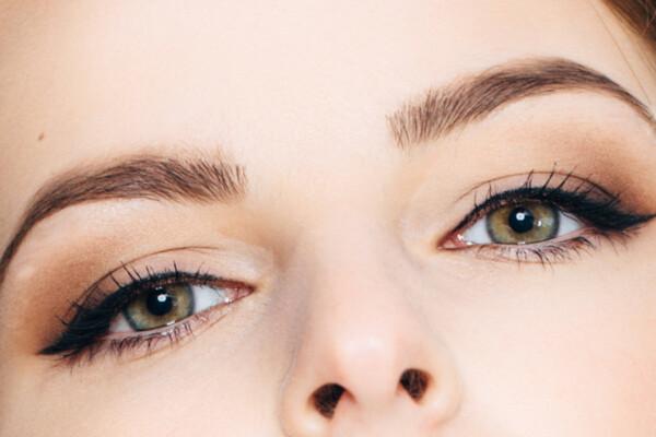 Permanent Makeup Augen